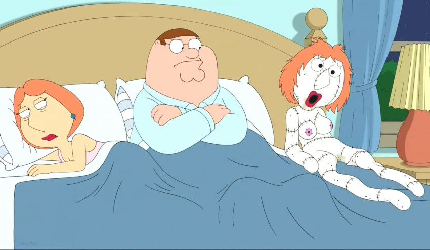 naked family lois guy griffin Vic reynolds f is for family